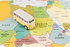 Minibus na mapie Zdjęcie Royalty Free