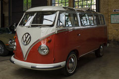 Minibus Volkswagen Type 2 (Samba Bus) Stock Image