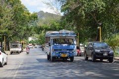 Minibusa Thailand tuktuk taxi autobusowy błękit Zdjęcie Stock