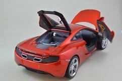 1:18 Minichamps di Mclaren Mp4-12C modelcar Immagini Stock Libere da Diritti