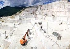 Miniera a cielo aperto di marmo Fotografia Stock