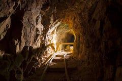Miniera di oro abbandonata anziana fotografia stock libera da diritti