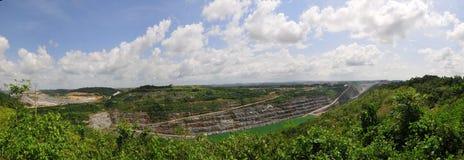Miniera di oro del Ghana della trincea a cielo aperto immagine stock libera da diritti