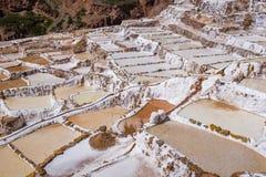 Miniere di sale di Maras nel Perù immagine stock libera da diritti