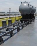 Miniere navali sulla piattaforma della nave da guerra in giorno pieno di sole Fotografie Stock Libere da Diritti