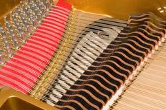 miniflygel inom piano Arkivbilder