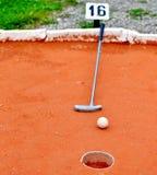 Minigolf im Boden Stockfoto