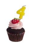 Minikleiner kuchen mit Geburtstagskerze für vier Jährige Lizenzfreie Stockbilder