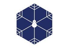 Minimale Artschneemannschneeflocke in der Hexagonform auf blauem Hintergrund Lizenzfreie Stockfotos
