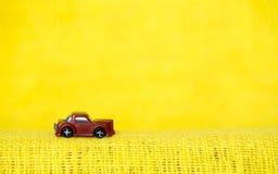 Minimalism, jonge geitjesauto's Royalty-vrije Stock Afbeeldingen