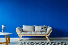 Minimalist design day room. With modern furniture, and a patterned, large carpet Stock Images
