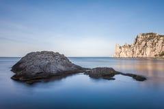 Minimalist Seascape Kust- soluppgång Royaltyfria Foton