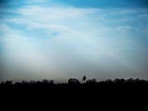 minimalista krajobrazowa sylwetka przeciw niebu zdjęcia royalty free