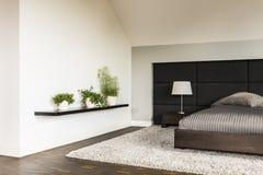 Genial Minimalistic Art Schlafzimmeridee Lizenzfreie Stockbilder