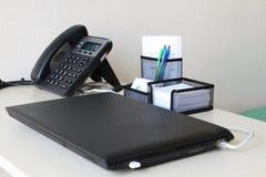 Minimalistic miejsce pracy biurowy stół obrazy royalty free