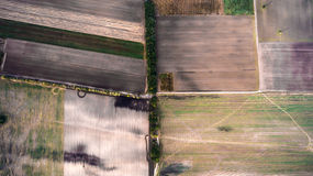 Minimalisticfoto van het afgeschuinde die gebied, uit de lucht wordt genomen Royalty-vrije Stock Foto's