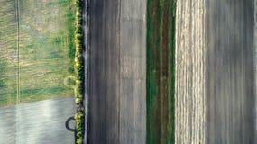 Minimalisticfoto van het afgeschuinde die gebied, uit de lucht wordt genomen Royalty-vrije Stock Afbeelding