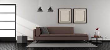 Minimalistische woonkamer met bank Stock Afbeelding