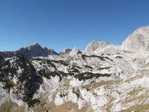 Minin Bogaz, LuÄ  w Vrh, i Wysoki szczyt Bobotov Kuk Durmitor park narodowy Zdjęcia Royalty Free