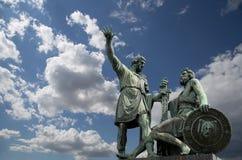 Minin en Pojarsky-monument (werd opgericht in 1818), Rood Vierkant in Moskou Royalty-vrije Stock Foto's
