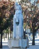 Minina Nua młodości statua, Liberdade kwadrat Porto Zdjęcie Stock