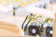 How to set up a cryptocurrency mining rig