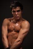 mięśniowy przystojny mężczyzna Obrazy Royalty Free
