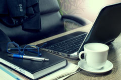 Ministero degli Interni e scrittorio di scrittura, posto di lavoro Immagine Stock