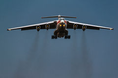 Ministero di Ilushin Il-76 TD delle situazioni di emergenza della Federazione Russa Immagini Stock Libere da Diritti