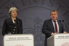 Ministro de Theresa May Visits Danish Prime en Copepenhagen fotos de archivo