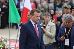 Ministro polaco Mariusz Blaszczak fotos de archivo