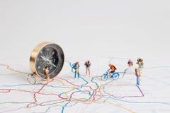 Minivrienden die de reis van Japan plannen Macro Royalty-vrije Stock Afbeelding