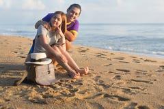 Minnaar op het strand Stock Fotografie