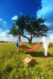 Minnaars op picknick Royalty-vrije Stock Afbeelding