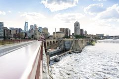 Free Minneapolis Downtown From Bridge Over Mississipi River Royalty Free Stock Photos - 128576048