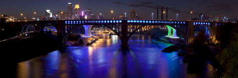 Minneapolis, Minnestoa (panoramiczny) Fotografia Stock