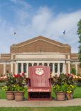 Goldy Gopher Mascot Chair on Mall of University of Minnesota. MINNEAPOLIS, MN/USA - SEPTEMBER 10, 2017: Goldy Gopher mascot chair and mall of the campus of the stock photos