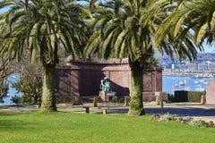 Minnes- monument som är hängiven till vem dog i Greatskrigen Arkivfoton