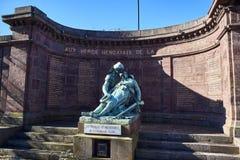 Minnes- monument som är hängiven till vem dog i Greatskrigen Royaltyfri Foto