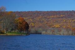 minnes- parktillstånd för lake arkivfoton
