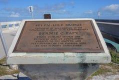 Minnes- platta för sju mil bro, Florida tangenter Arkivfoto