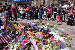 Minnesmärke för Boston maratonbombning Arkivbild