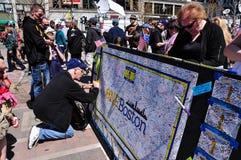 Minnesmärke för Boston maratonbombning, USA Royaltyfri Foto