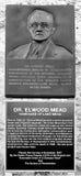 Minnesmärke till Dr Elwood Mead Royaltyfri Fotografi