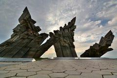 Minnesmärke till offren av nazism Nionde fort kaunas lithuania Arkivbilder