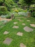 Minnesmärke trädgårds- Roscoe Village Coshocton, Ohio royaltyfria foton