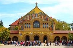 Minnesmärkekyrka på Stanford University arkivfoton