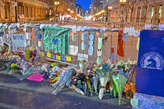 Minnesmärken från blommor ställde in på den Boylston gatan i Boston, USA Arkivfoto