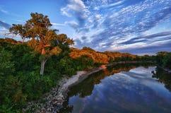 Minnesota-Fluss-Sonnenuntergang Lizenzfreies Stockfoto