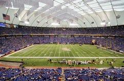 Minnesota Vikings gra przy centrum handlowym Ameryka pole Zdjęcie Royalty Free
